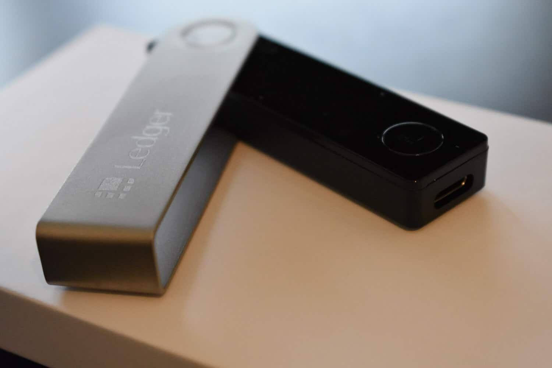 Ledger Nano X Review - USB Connector _1